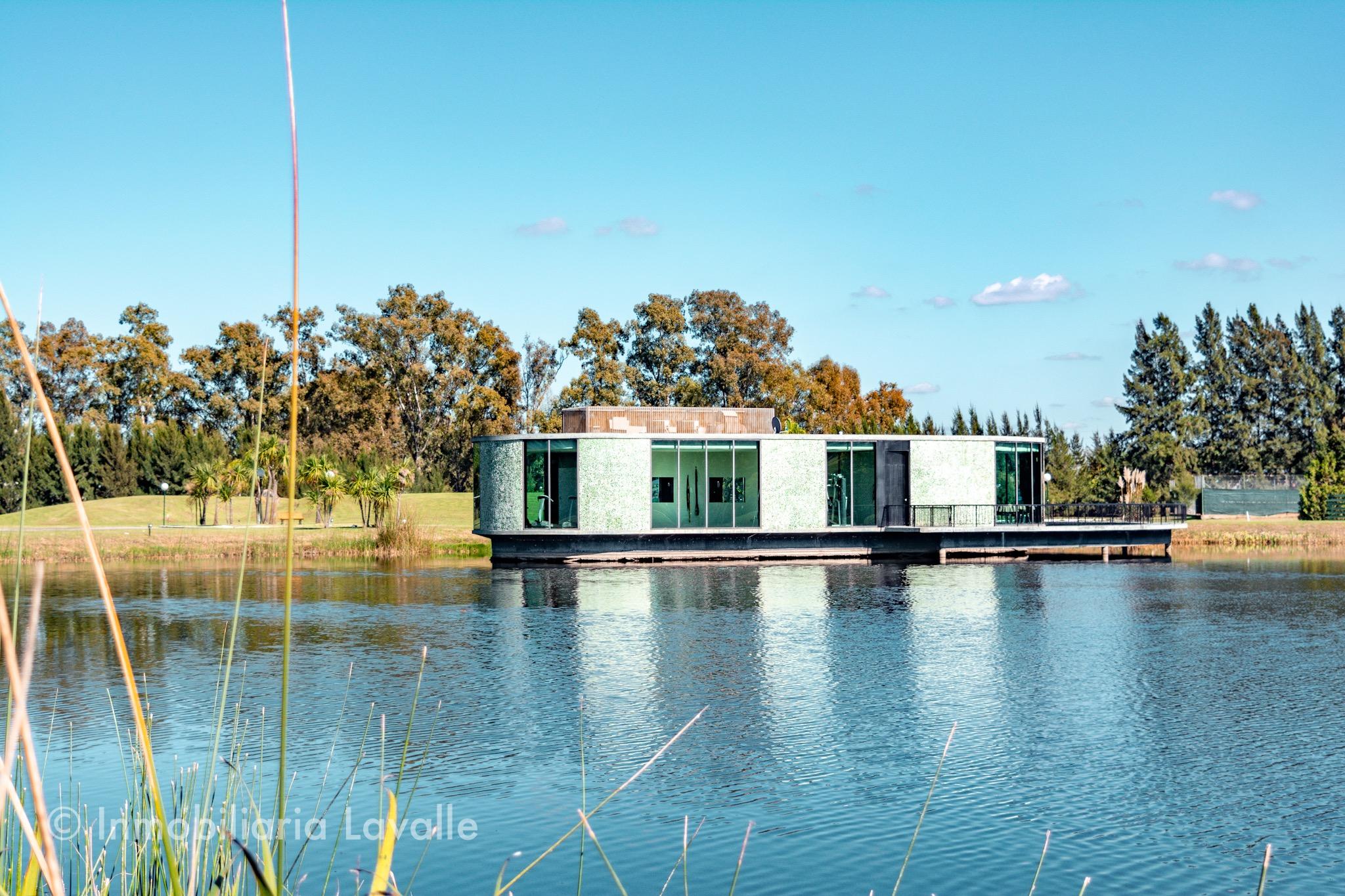 casa 4 ambientes en barrio cerrado la candida ruta 2 inmobiliaria lavalle propiedades quincho patio piscina pileta en venta
